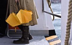 gocce di stile | drops of style (]babi]) Tags: venice italy rain umbrella drops 14 style mm 50 venezia pioggia stile ombrello gocce