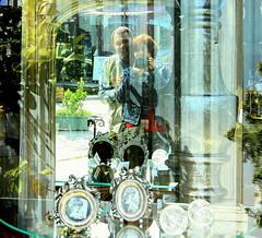 glmseyiiin:) (nilgun erzik) Tags: istanbul kemerburgaz fotografkraathanesi pazartesi fotografca biyerlerde nisan2010 emirganlgezmelibirgun