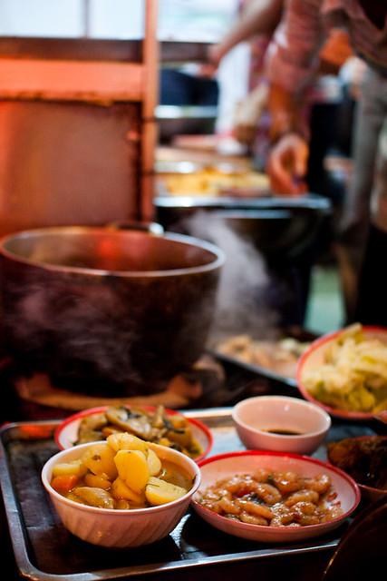 street food cuisine vietnamese traditional vietnam homestyle hanoi