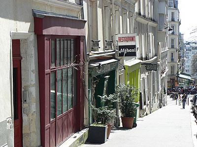 rue de montmartre.jpg