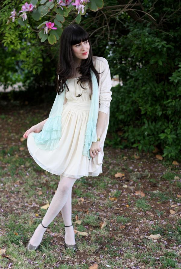 cream_dress_1