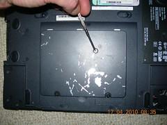 Dell Laptop Inspiron  4000 PP01L BIOS battery swap DSCN2354 (DrJohnBullas) Tags: battery dell swap inspiron 4000 bios pp01l downloadedusingbulkrhttpclipyourphotoscombulkr