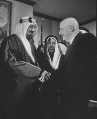 Saud Ibn Abdul Aziz [RF: Saudi Arabia RF];Samuel Rayburn (K_Saud) Tags: dc washington hands king sam unitedstates saudi arabia abdul rf shaking aziz ibn rayburn representative saud timeincown 937344