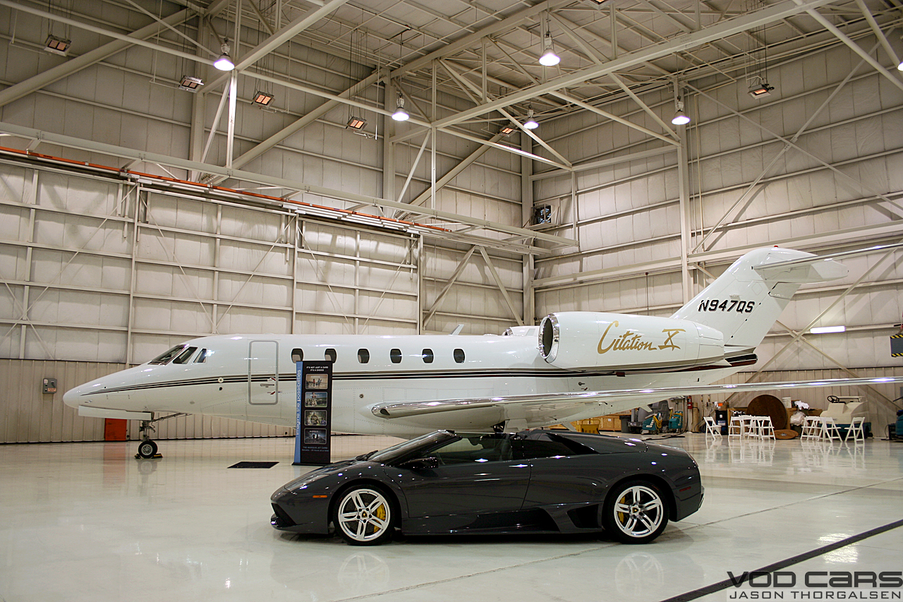 lambos plane hangar wow clublexus lexus forum discussion