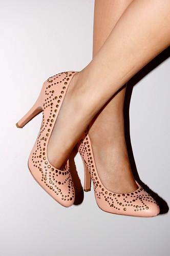 kelsi dagger studded heels I