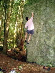 V4? at the Cobbles (Dru!) Tags: canada hope bc britishcolumbia steve boulder bouldering cobbles fraservalley conglomerate stemalot fvb newcobbles