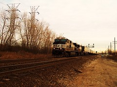 WB  Norfolk Southern piggyback train. Mc Cook IL  Jan 2007.