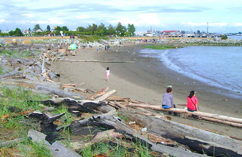 Sandy beach at Garry Point Park in Steveston, BC