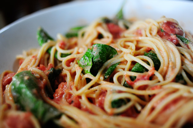 Pasta With Tomato-Blue Cheese Sauce | The Pioneer Woman Cooks | Ree ...