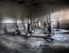 Feeding hour (andre govia.) Tags: park urban west building tower abandoned water hammer buildings hospital dead demo photo closed photos eating decay sold explorer images best andre creepy mc explore westpark trespass horror terror hoover nightmare mold ward sanatorium asylum wp derelict epsom wards decayed admin ue mentalhospital hoovers treatment institution urbex tuberculosis workhouse testimonial hospitals madhouse englend westparkhospital govia andregovia wwwwestparkhospitalcouk hospitalsbuildingbuildingstresspassurbexexplorerssanatorium eprosarium placeuk