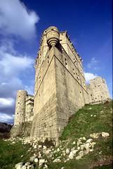 Le château de Portes surnommé le Vaisseau des Cévennes