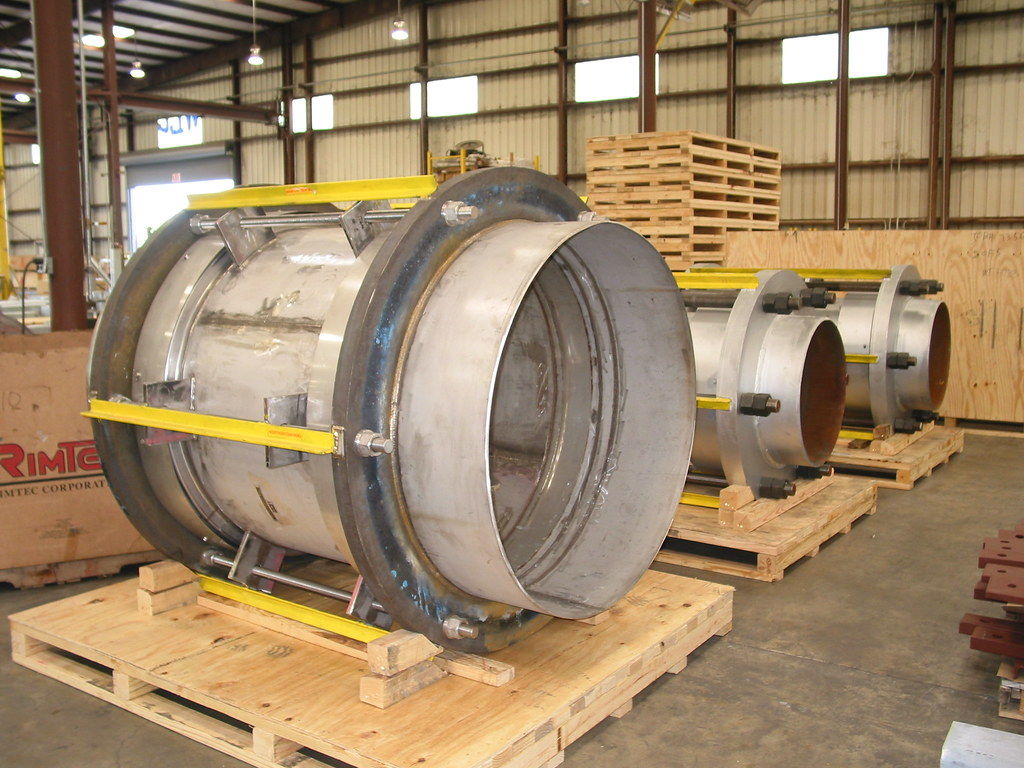 "48"" Diameter Tied Universal Expansion Joints for an Oil and Gas Company in France"