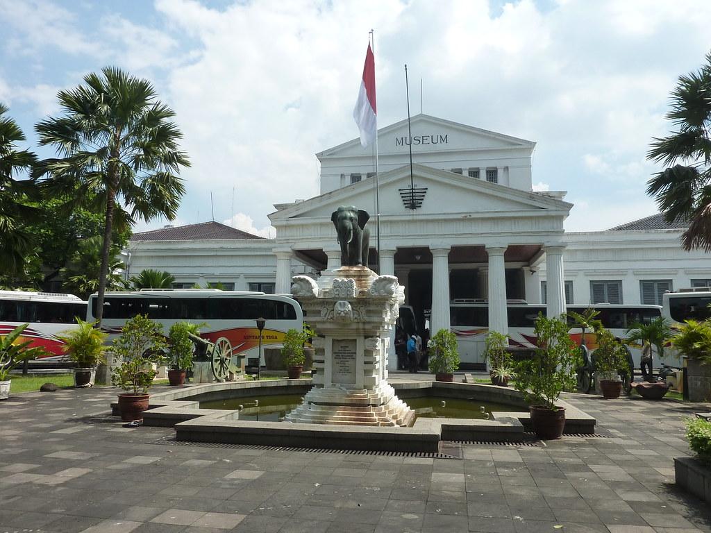 Java-Jakarta (169)