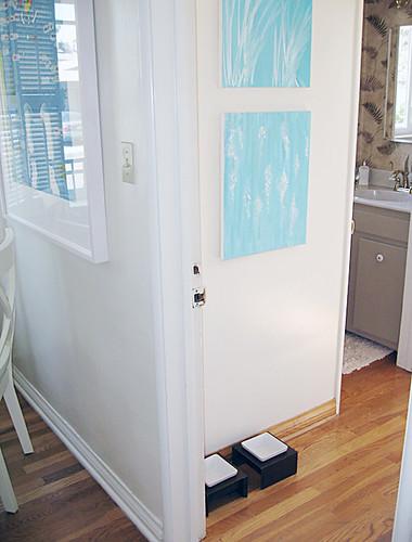 kitchen+laundry room+guest bath+doorway