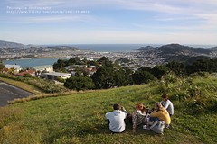 Wellington, Mt. Victoria, Viewpoint (blauepics) Tags: street new city sea people house island meer cityscape leute strasse north haus menschen zealand stadt aotearoa gebäude blick neuseeland aussichtspunkt nordinsel visipix
