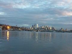 Sunset over Lake Union (ElenaNW) Tags: park works seattlewashingtonwaseattlewallingfordgas worksgas
