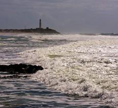 [フリー画像] 自然・風景, 海, 波, 灯台・ライトハウス, スペイン, 201010160500