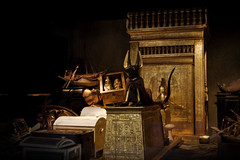 Tutankhamun's Tomb - Anubis and Canopic Shrine (vintagedept) Tags: manchester gold kingtut tomb exhibition replica recreation gilded discovery semmel treasures ancientegypt tutankhamun traffordcentre antechamber kv62 heritagekey museumofmuseums tutankhamunhistombandhistreasures exhibition11067