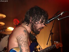 Biffy Clyro - Simon Neil (Cherryl.B) Tags: brussels music simon rock musicians club concert belgium belgique stage gig bruxelles neil alternative biffy vk clyro