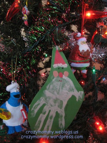 Santa Claus hand print craft