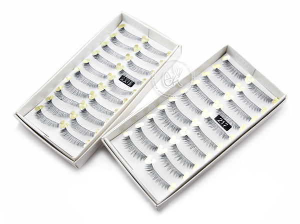 Rina's favorite false lashes