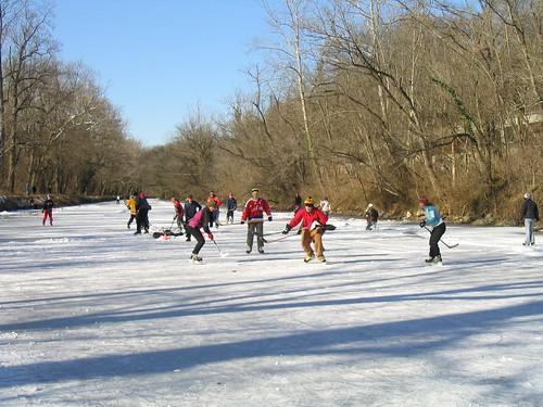 ice skating canal Jan 2010 043