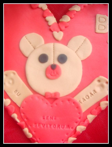 teddy heart cookies