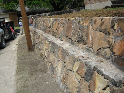 Retaining wall landscape and design