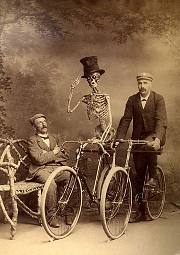 Friday Bicycle Caption Contest - SPEAKING IN CAPITAL LETTERS