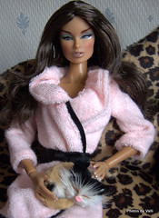 Sophia and Minx (ValliPink) Tags: doll 16 12 fashionroyalty playscale cruisecontrolvanessaperrin