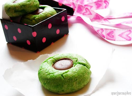 pandan thumbprint biscuits