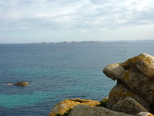 Depuis le sentier de Sperone : îles Lavezzi et la Sardaigne