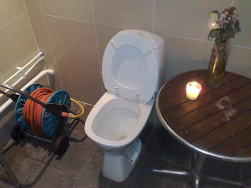 Nice café restroom, eh?