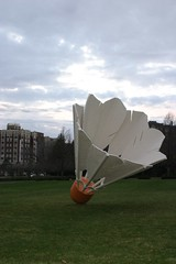 IMG_1388 (smellycatsmells) Tags: sculpture art museum garden gallery lawn kansascity missouri nelsonatkins shuttlecock