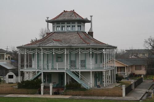 Pilot House3