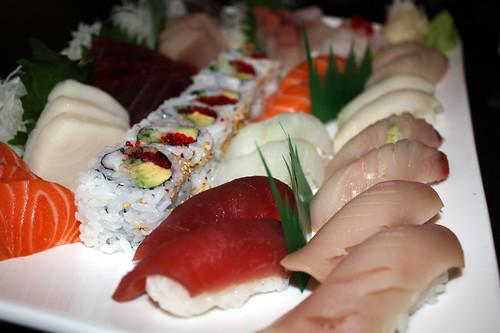 Sushi / Sashimi Plate