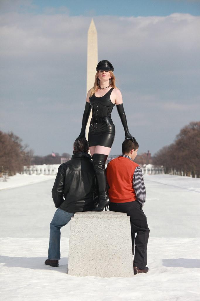 Mistress Domina Vontana (danielyuliharris) Tags: leather washingtondc dc  washington bdsm mistress washingtonmonumnet dominatrix