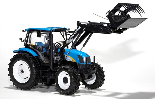 Universal Hobbies New Holland