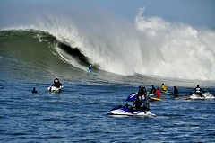 Ahead of the Curve (Lyrinda) Tags: ocean sea seascape photo surf waves surfer contest wave surfers halfmoonbay mavericks pillarpoint princetonbythesea mavericks10