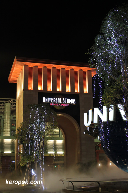 Universal Studios Archway