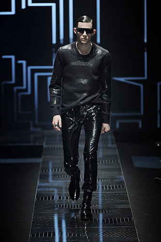 Tom Nicon3118_FW10_Milan_Versace(nikestav10@mh)