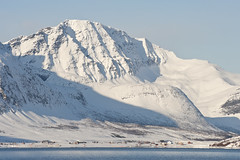 Lauksund (knutmsa) Tags: blue sea snow mountains norway troms arny lauksund lauky