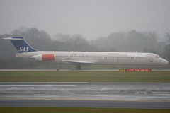 LN-RMT - 53001 - Scandinavian Airlines SAS - McDonnell Douglas MD-81 (DC-9-81) - Manchester - 081126 - Steven Gray - IMG_2505