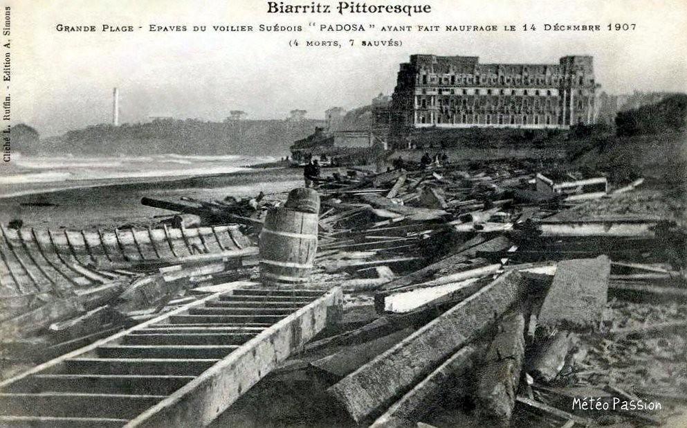 naufrage du Padosa sur la grande plage de Biarritz le 14 décembre 1907