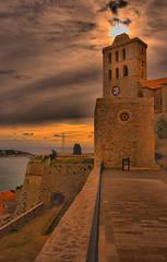 El Sol sobre el campanario (ibzsierra) Tags: cloud canon casa iglesia ibiza nubes eivissa oldtown hdr baleares daltvila 400d oltusfotos