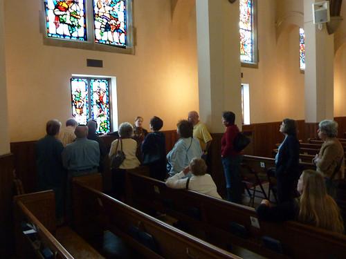 P1010189-2010-03-18-Druid-Hills-Presbyterian-Church-Mary-Elizabeth-Ellard-Explains-Windows
