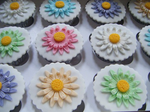 Spring Flowers (Multicoloured) Cupcakes
