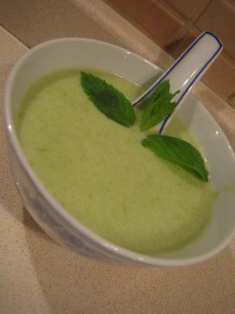 sütlü irmikli pırasa çorbası 3