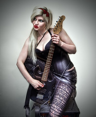 Tangled (ILLA PHOTOGRAPHY) Tags: black laura leather guitar amp blond redlipstick tangled rockchick