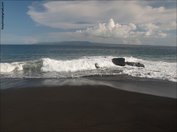 Black sand beach. Bali